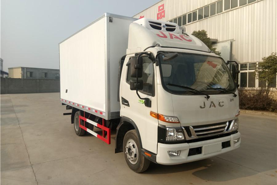 江淮骏铃V6冷藏车4.2米多方位图片一