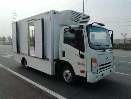 大运纯电动4.1米冷藏车