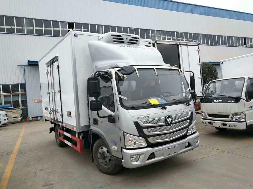 水果保鲜运输车蓝牌福田欧马可4米厢体冷藏车价