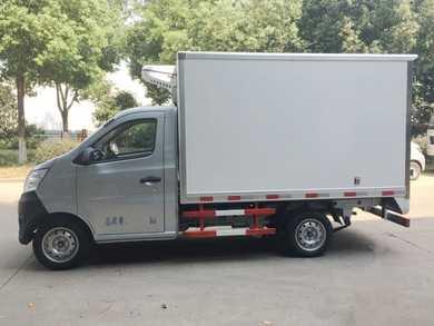 2.7米长安国五冷藏车 多少钱 价格便宜 厂家直销