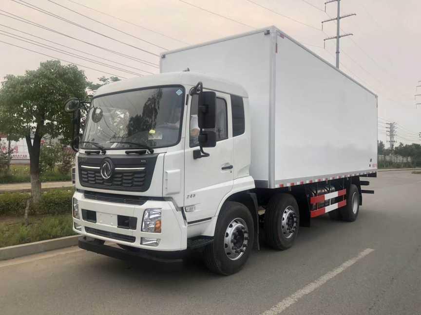 东风天龙9.4米厢体大型冷链车厂家最新价格