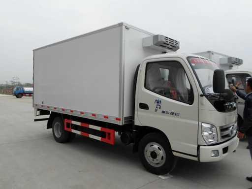 程力专汽厂家直销福田奥铃4米冷藏车多少钱