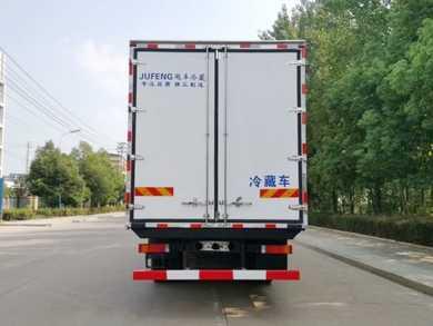 6米8东风天锦KR肉钩冷藏车最低报价多少钱