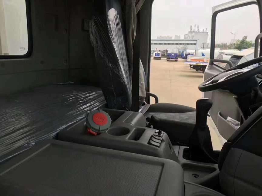冷冻车 9.4米厢体的冷藏车最便宜是哪一款