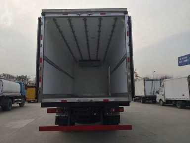 大运4.2米厢体冷藏车蓝牌最大一款冷藏车多少钱