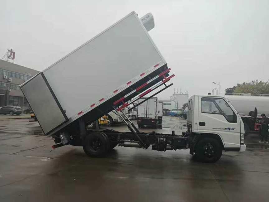 无公害运输车带自卸带消毒