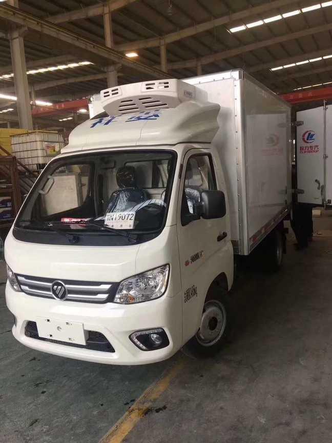 蓝牌3米厢体冷冻鸡肉冷藏运输车福田祥菱冷藏车
