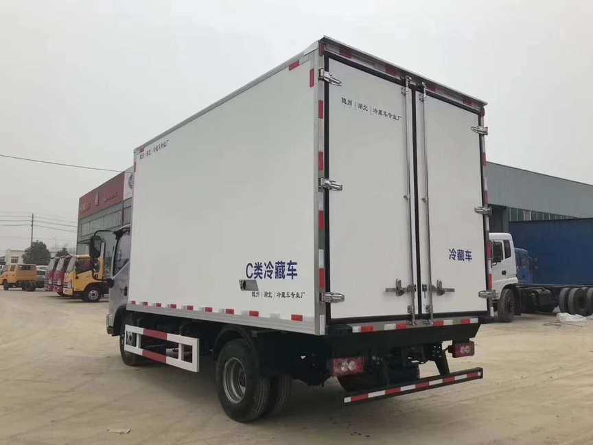 福田肉钩冷藏车4米厢长蓝牌冷藏车价格