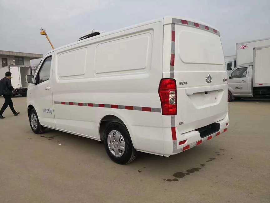 长安面包式冷藏车小型冷藏冷冻肉运输车价格