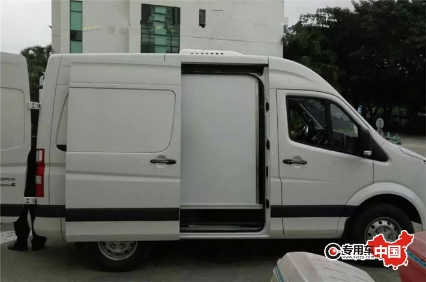 福田图雅诺药品冷藏车