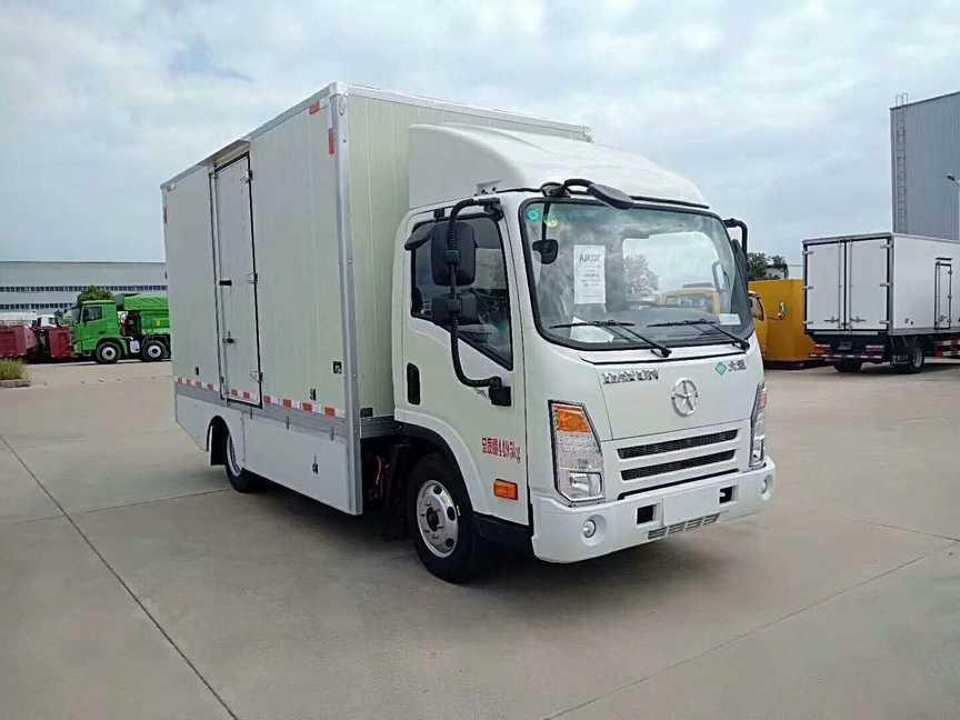 新能源冷藏车厂家直销一大运电动冷藏车图片