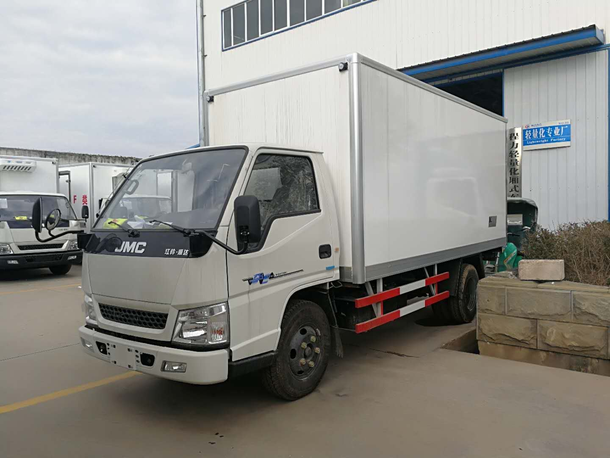 江铃顺达猪肉冷藏运输车水果保鲜冷藏运输车