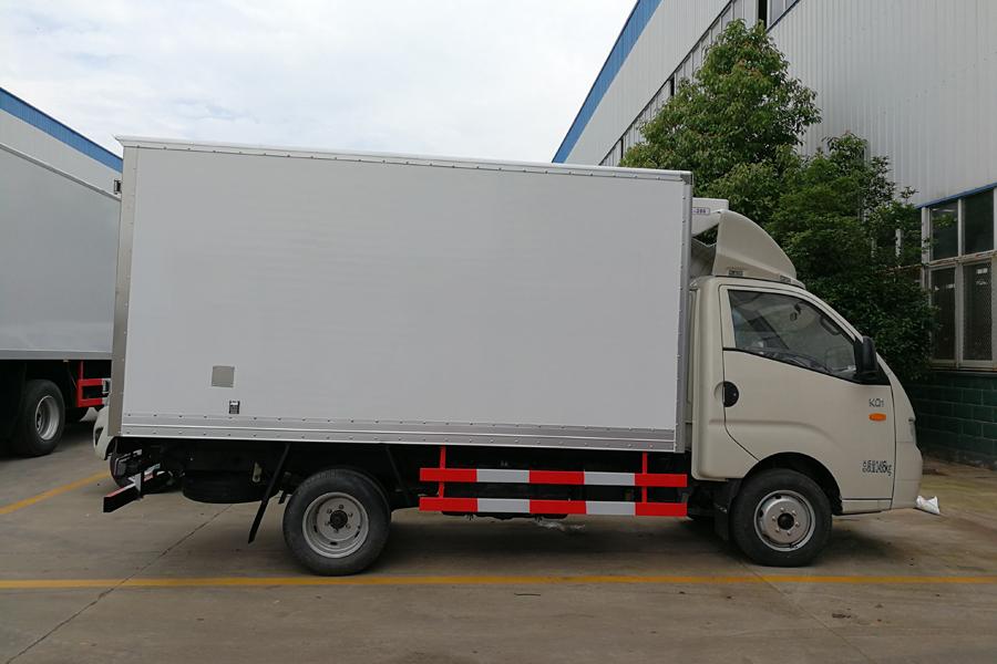 福田康瑞KQ1冷藏车3.5米(汽油)