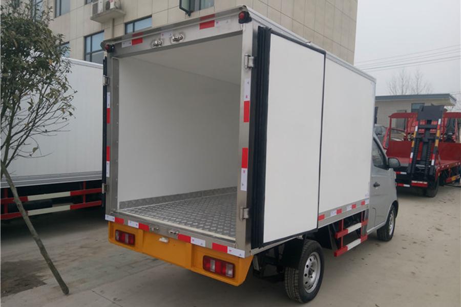 长安冷藏车2.7米
