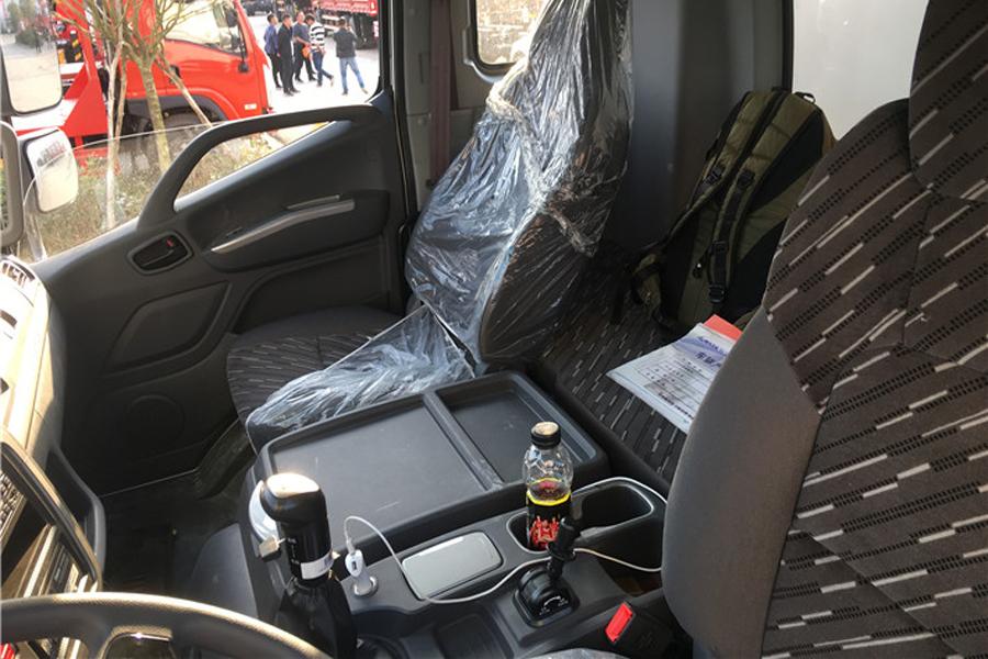 福田瑞沃冷藏车7.6米
