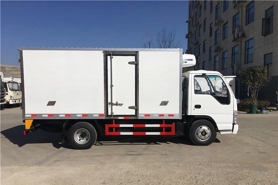 五十铃冷藏车4.2米