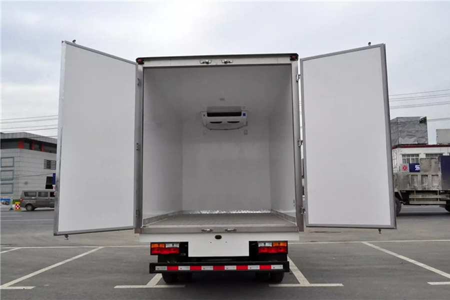 大运冷藏车4.2米