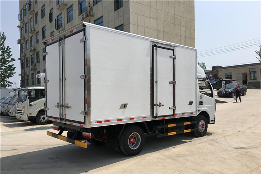 东风凯普特冷藏车4.2米